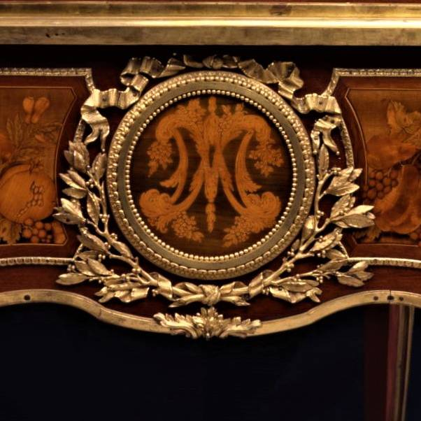 Riesener Masterpieces: royal furniture in Britain